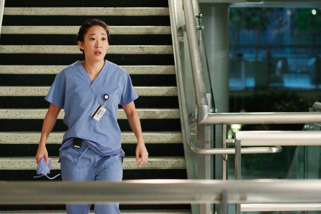 Erhält die Chance erstmals selbstständig eine Herzoperation durchzuführen: Cristina (Sandra Oh) ... - Bildquelle: Touchstone Television