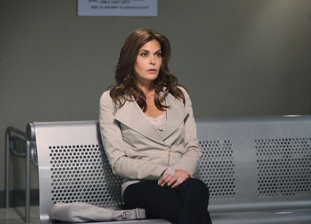 Gerät in Panik, als Chuck sie zu einem Verhör ins Revier lädt: Susan (Teri Hatcher) ... - Bildquelle: ABC Studios
