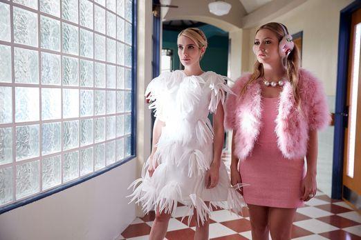 Chanel (Emma Roberts, l.) hat keine Lust mehr alle Arbeit selber zu machen un...