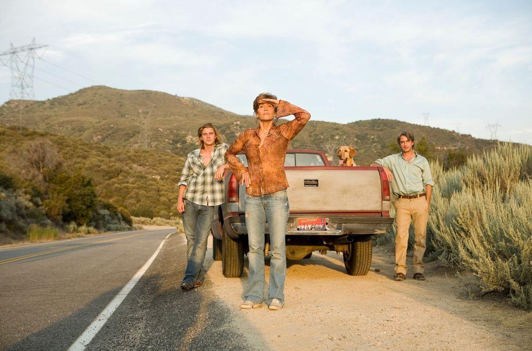 Führen ein Leben, in dem klare Regeln herrschen: (v.l.n.r.) Harlan (Garrett Hedlund), Georgia (Jane Fonda) und Simon (Dermot Mulroney) ... - Bildquelle: Morgan Creek International