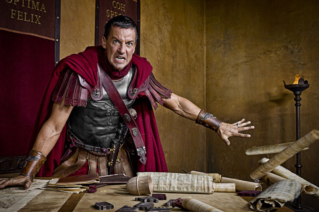 Nicht nur von Spartacus und seine Mannen, sondern auch aus den eigenen Reihen droht Verderben: Gaius Claudius Glaber (Craig Parker) ... - Bildquelle: 2011 Starz Entertainment, LLC. All rights reserved.