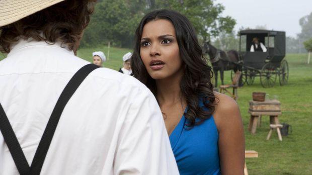 Riley (Jessica Lucas) lernt einen Amish kennen und empfindet zum ersten Mal t...
