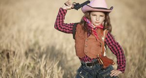 Faschingskostüme_2015_11_06_Cowgirl-Kostüm_Bild 4_fotolia_armina