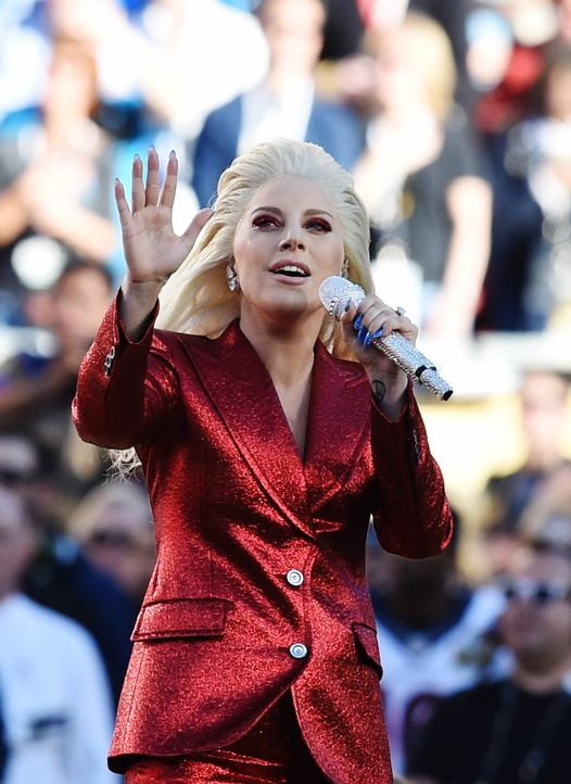 lady-gaga-tears-160207-getty-AFP - Bildquelle: getty-AFP