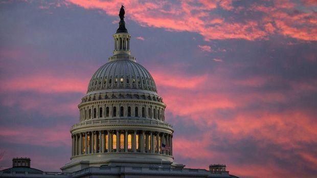 Nacht-Drama um US-Haushalt - Mehr Ausgaben, noch mehr Schulden