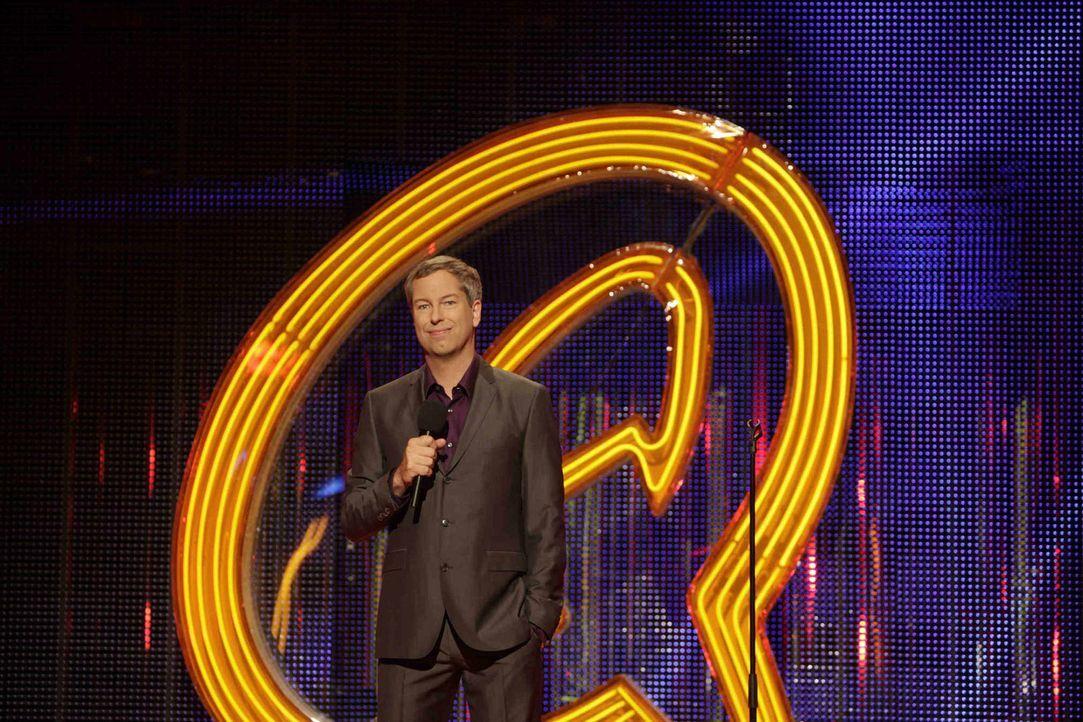 """Der """"Quatsch Comedy Club"""" wird von Thomas Hermanns präsentiert. - Bildquelle: Thomas Kierok ProSieben"""
