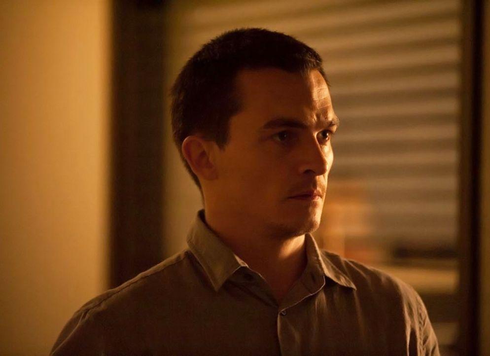 Ist nicht immer Carries Meinung: Quinn (Rupert Friend) ... - Bildquelle: 2014 Twentieth Century Fox Film Corporation
