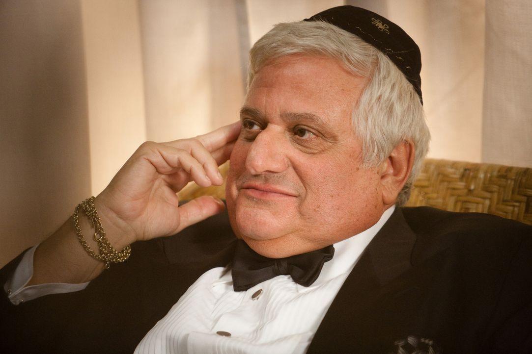 "Hat etwas, was ein anderer Gangster gerne hätte: der jüdische Pate ""The Mensch"" (Michael Lerner) ... - Bildquelle: 2009, 2010 Colton Productions, Inc. All Rights Reserved. Asset"