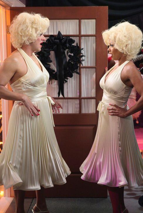 Der Schock steht ihnen ins Gesicht geschrieben, als sie bemerken, dass sie das gleiche Outfit tragen: Renee (Vanessa Williams, r.) und Lee (Kevin Ra... - Bildquelle: ABC Studios