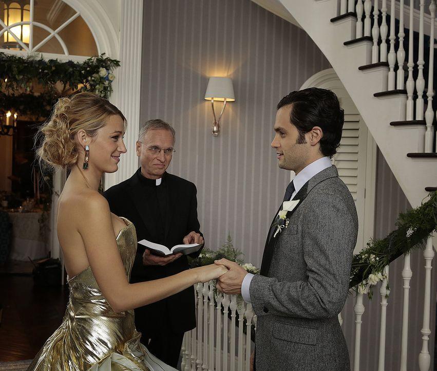 Hochzeitspaar - Serena und Dan - Bildquelle: Warner Bros. Entertainment Inc.