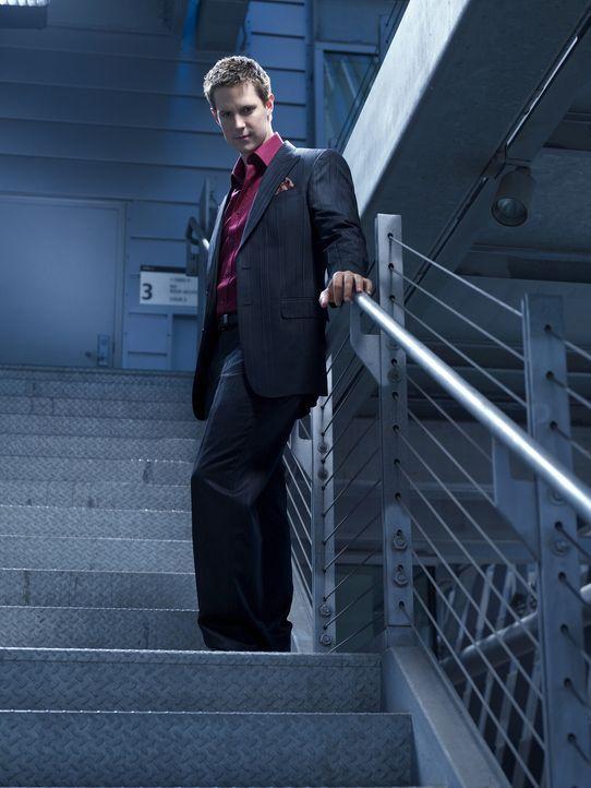 (1. Staffel) - Vom Vampir zum Miliardär: Josef Kostan (Jason Dohring) hat durch seine Tätigkeit als Wertpapierhändler in der irdischen Welt ein V... - Bildquelle: Warner Brothers