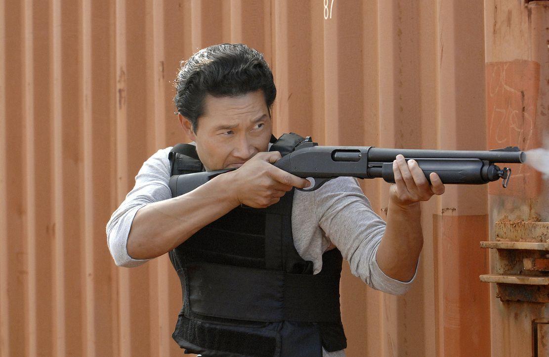 Im Kampf gegen das organisierte Verbrechen: Chin (Daniel Dae Kim) ... - Bildquelle: TM &   2010 CBS Studios Inc. All Rights Reserved.