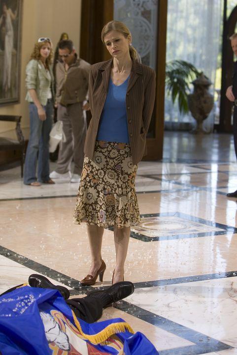 Ein neuer Fall beschäftigt Brenda (Kyra Sedgwick) und ihr Team ... - Bildquelle: Warner Brothers
