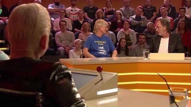 Genial Daneben - Das Quiz - Genial Daneben - Das Quiz - Hugo Egon Balder Ist Heute Sehr Spendabel!
