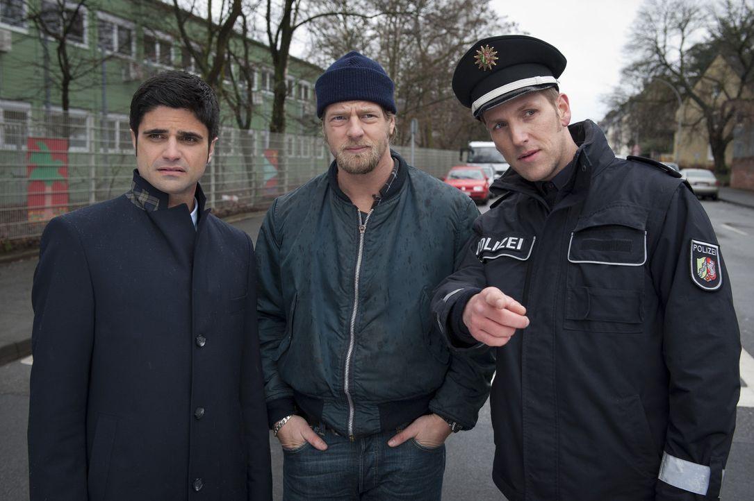 Zunächst verstehen Mick (Henning Baum, M.) und Andreas (Maximilian Grill, l.) nicht, warum sie die Polizei (Jan Hahn, r.) zu einem Verkehrsunfall g... - Bildquelle: SAT.1