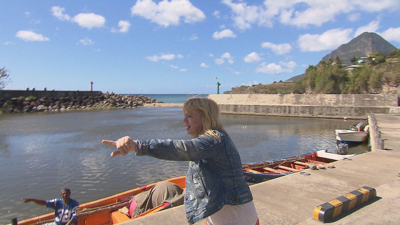 Auf St. Lucia sucht Julia Leischik Felicitas' Mutter ... - Bildquelle: SAT.1