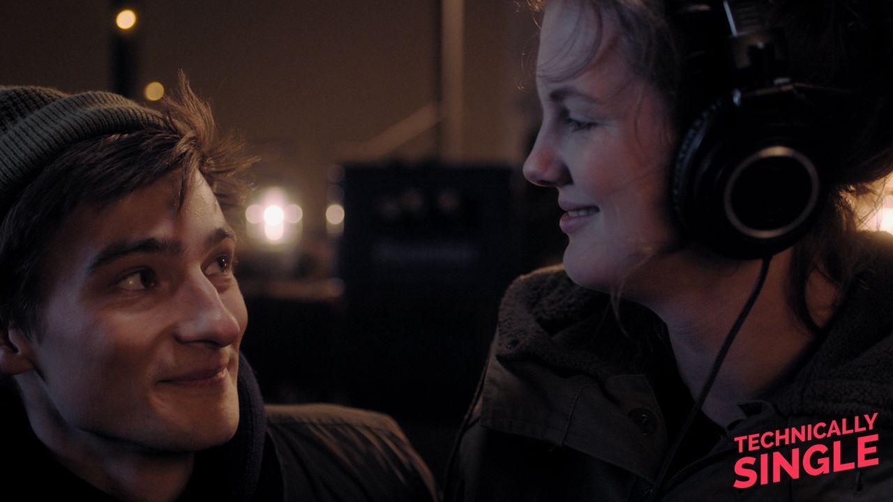 Juli und Lukas: Nur Freunde? - Bildquelle: COCOFILMS / KARBE FILM