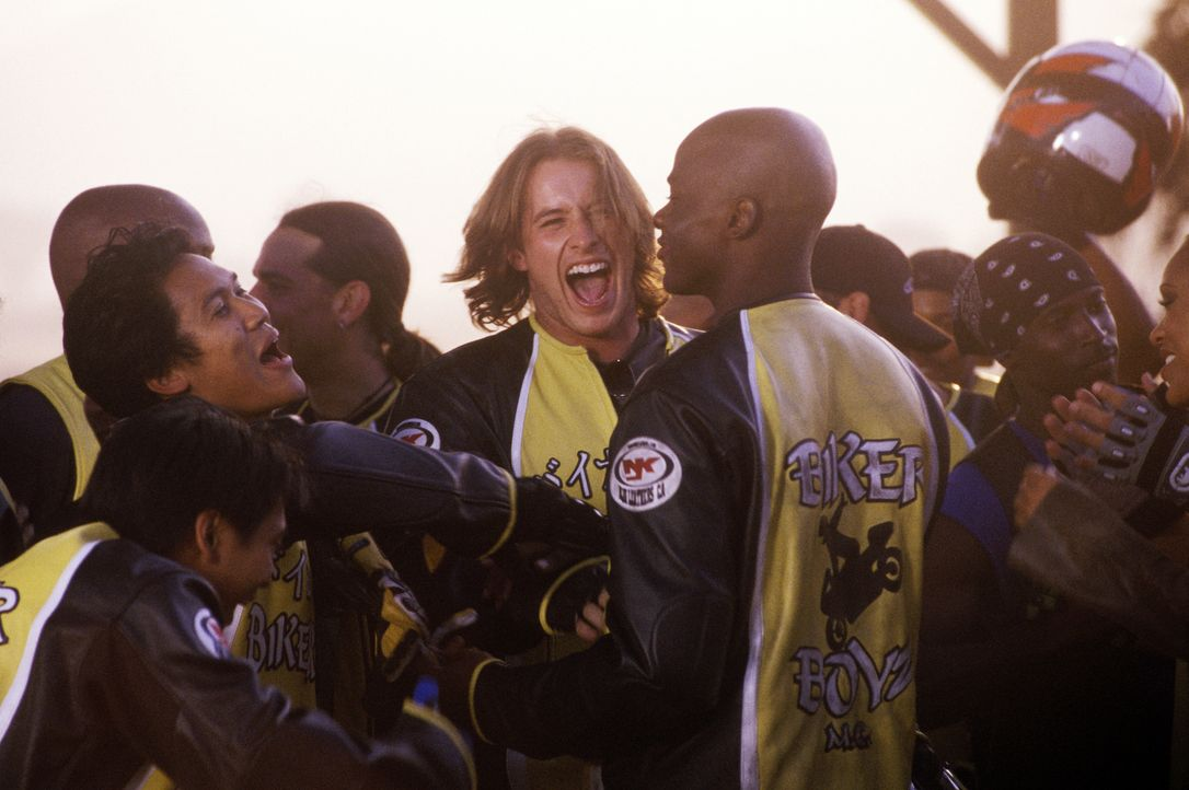 Fahren einen fulminanten Sieg ein: (v.l.n.r.) Flip (Dion Basco), Philly (Dante Basco), Stuntman (Brendan Fehr) und Kid (Derek Luke) … - Bildquelle: DreamWorks SKG