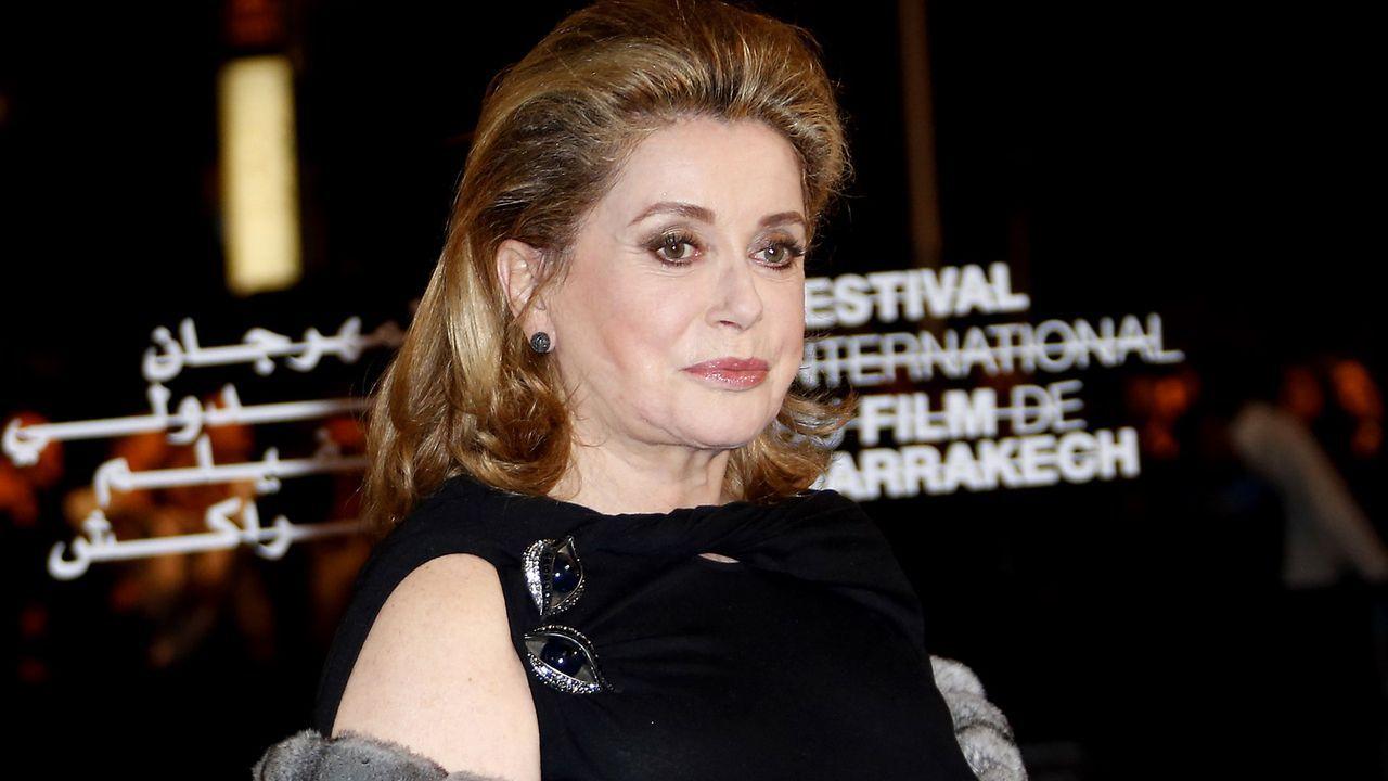 Catherine-Dneuve-12-12-01-Valery-Hache-AFP - Bildquelle: Valery Hache/AFP