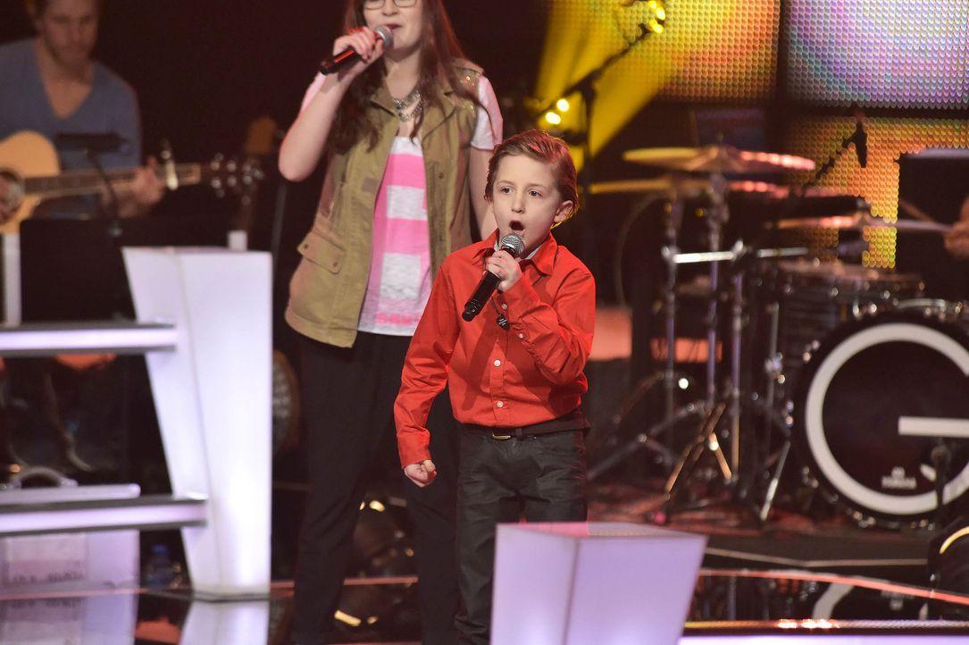 The-Voice-Kids-Stf03-Epi05-49-Nestor-SAT1-Andre-Kowalski - Bildquelle: SAT.1/ Andre Kowalski