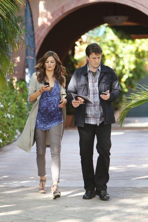 Kommen sie dem wahren Täter näher? Richard Castle (Nathan Fillion, r.) und Kate Beckett (Stana Katic, l.) ermitteln in L.A. ... - Bildquelle: ABC Studios