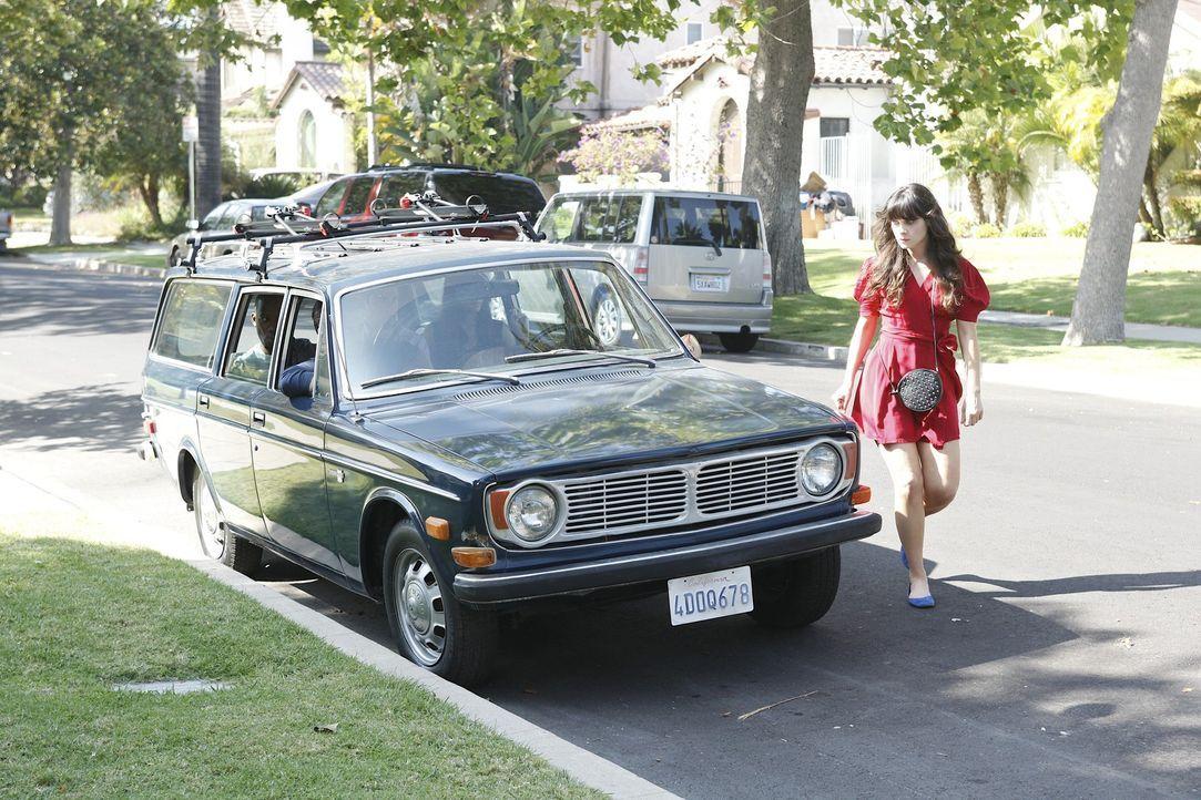 Jess (Zooey Deschanel) wird von ihren Mitbewohnern Schmidt und Nick davon überzeugt, dass es an der Zeit ist, ihre Sachen aus der Wohnung ihres Exf... - Bildquelle: 20th Century Fox