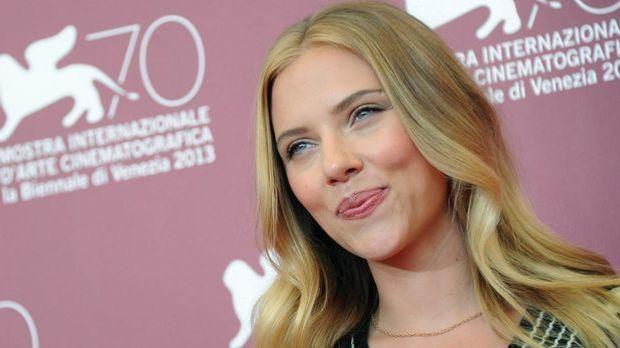 Scarlett Johansson nac...