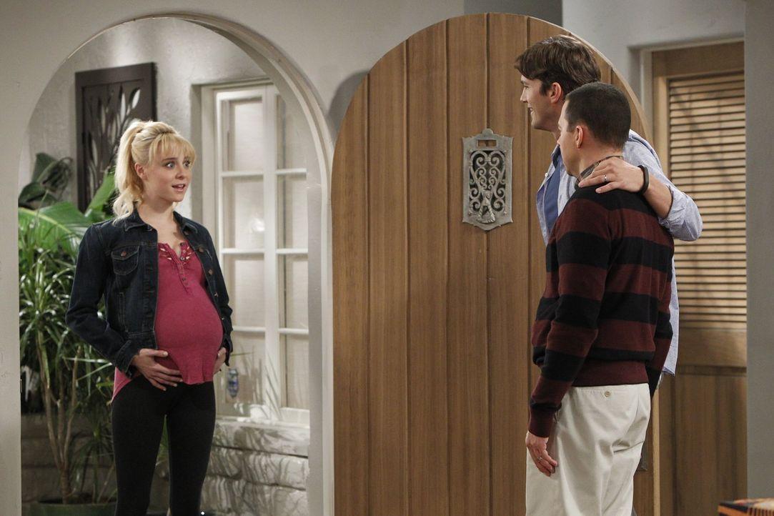 Nachdem sie erfahren haben, dass sie für die Adoption eines Kindes zugelassen wurden, lernen sie Kathy (Alessandra Torresani, l.) kennen, die Frau,... - Bildquelle: Warner Brothers Entertainment Inc.