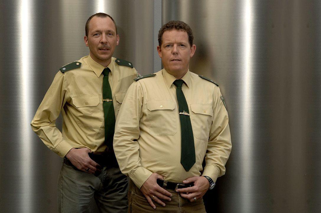 Toto (r.) und Harry (l.) sind wieder gemeinsam unterwegs und sorgen für Recht und Ordnung! - Bildquelle: kabel eins