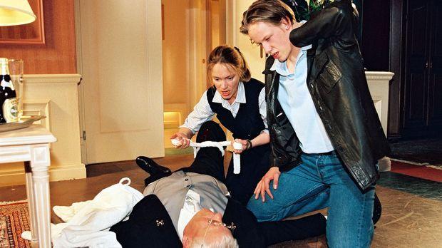 Auf Empfangschef Georg Stahl (Stefan Orlac, l.) ist geschossen worden! Ariane...