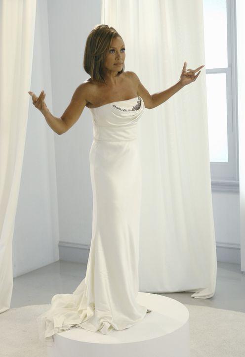 Ihr großer Tag ist da, aber alle wollen nur die Brautjungfer: Wilhelmina (Vanessa Williams) ... - Bildquelle: Buena Vista International Television