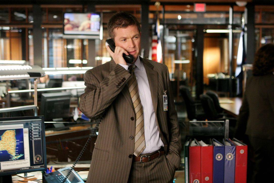 Gibt es einen neuen Hinweis auf den Verbleib von Glen Beckett? Martin Fitzgerald (Eric Close) hofft, den Fall bald abschließen zu können. - Bildquelle: Warner Bros. Entertainment Inc.