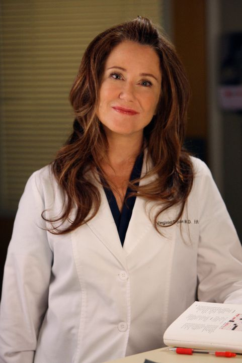 Soll die neue Herzchirurgin im Seattle Grace werden. Doch wird Dr. Virginia Dixon (Mary McDonnell) die Stelle annehmen? - Bildquelle: Touchstone Television