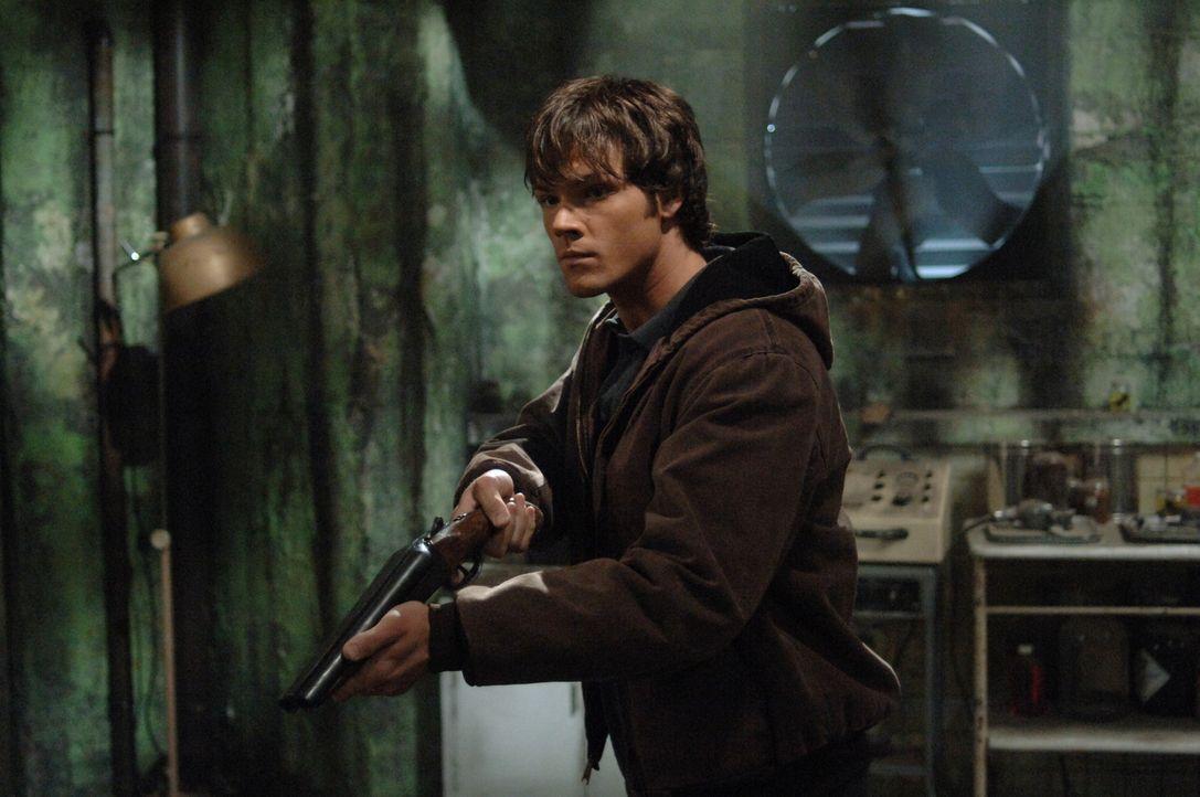 Sam (Jared Padalecki) und Dean untersuchen einen neuen Fall, der sie in eine alte Nervenheilanstalt führt, welche eine schreckliche Vergangenheit ha... - Bildquelle: Warner Bros. Television