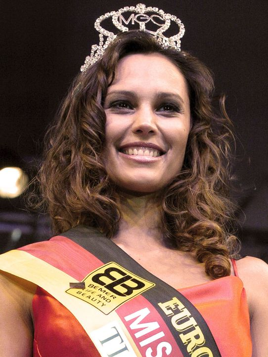 2004-Miss-Germany-Claudia-Hein-04-12-01-dpa - Bildquelle: usage Germany only, Verwendung nur in Deutschland