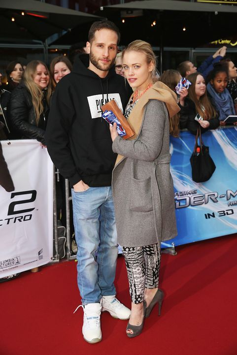 spiderman2-premiere-berlin-Lee-Rychter-Leonie-Jung-140415-Sony-Pictures - Bildquelle: 2014 Sony Pictures Releasing GmbH