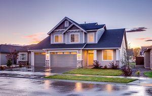 Architektur-Haus und Garage