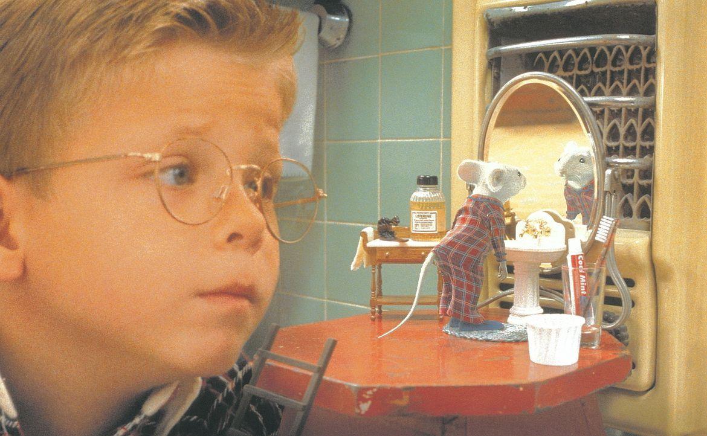 """Zunächst ist George (Jonathan Lipnicki) von seinem neuem """"Bruder"""" Stuart, der Maus, nicht sehr angetan. Doch gerade als George sich mit seinem klei... - Bildquelle: Columbia TriStar Film"""