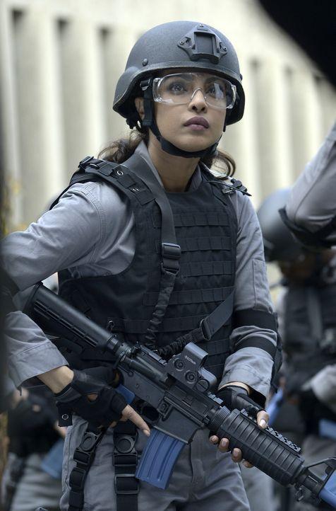 Bei der neuen Aufgabe der Rekruten, hat Alex (Priyanka Chopra) große Probleme bei der Bewältigung ... - Bildquelle: 2015 ABC Studios