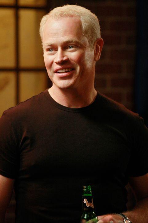 Führt Dave (Neal McDonough) was Böses im Schilde? - Bildquelle: ABC Studios