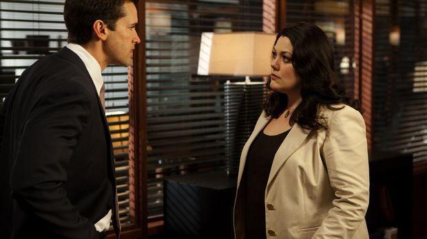 Die Eltern von Deb lassen sich scheiden. Da Grayson (Jackson Hurst, l.) den V...