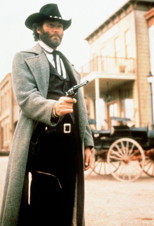 Ein wahrer Haudegen im Wilden Westen: Paden (Kevin Kline) bekämpft mit seinen Freunden die Schurken von Silverado ... - Bildquelle: Columbia Pictures