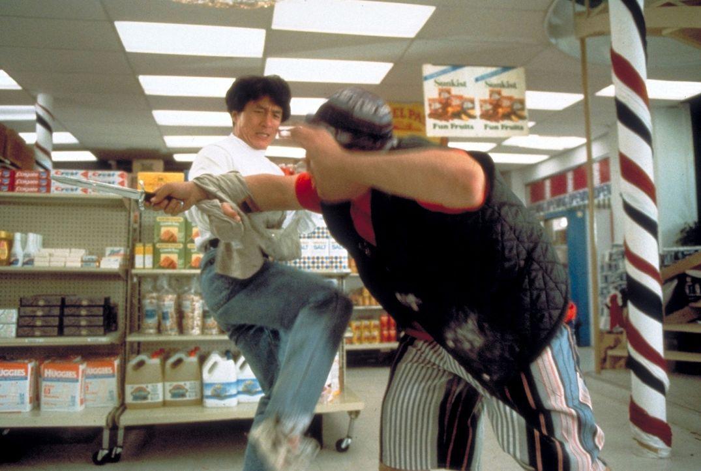 Es wird gefightet, was das Zeug hält: Ah Keung (Jackie Chan, l.) ... - Bildquelle: New Line Cinema