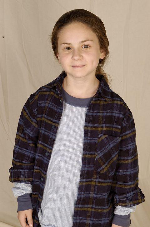 Die 8-jährige Zoe (Jordy Benattar) wünscht sich zu Weihnachten ein ganz großes Wunder ... - Bildquelle: TM &   2009 CBS Studios Inc. All Rights Reserved.