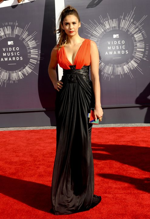 MTV-Video-Music-Awards-Nina-Dobrev-14-08-24-Apega-WENN-com - Bildquelle: Apega/WENN.com