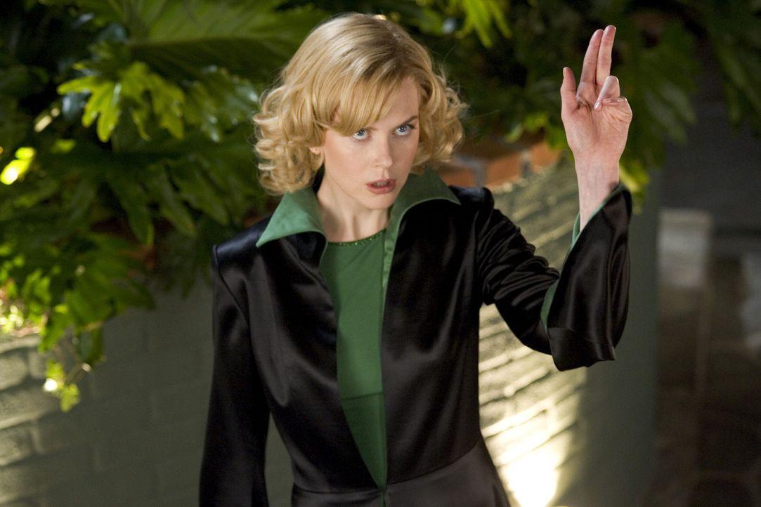 In der schönen Zufallsbekanntschaft Isabel (Nicole Kidman) wird Jack Wyatt fündig - ohne zu ahnen, dass er vor einer richtigen Hexe auf der Suche... - Bildquelle: 2005 Columbia Pictures Industries, Inc. All Rights Reserved.