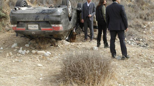 Ermitteln in einem neuen Fall: Patrick (Simon Baker, l.), Teresa (Robin Tunne...