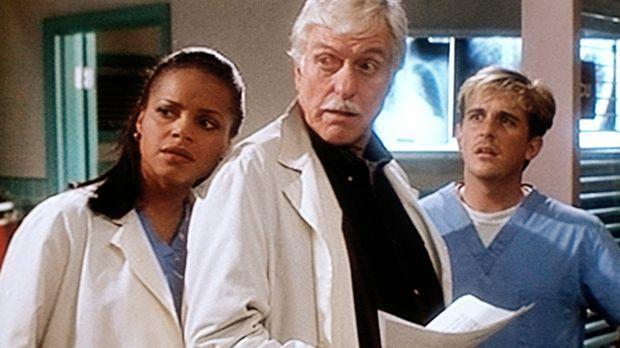 Amanda (Victoria Rowell, l.), Mark (Dick Van Dyke, M.) und Jesse (Charlie Sch...