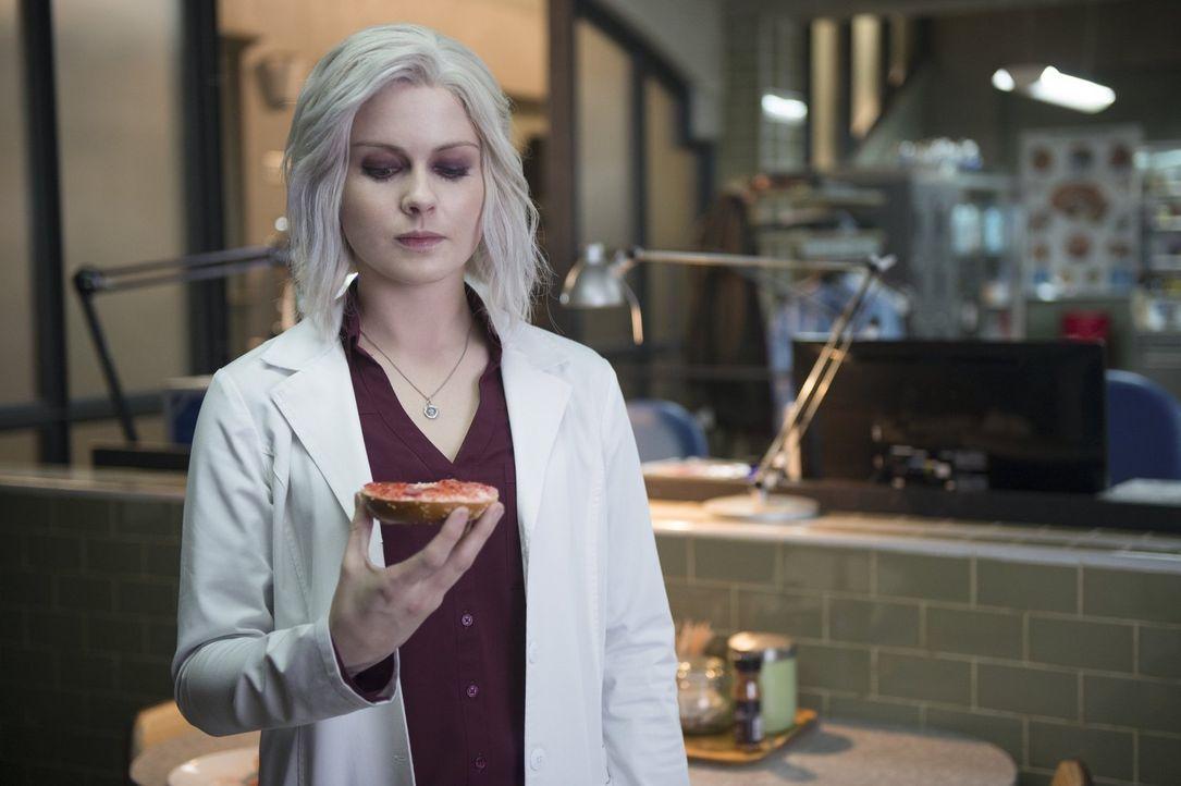 Nicht nur Majors, sondern auch Livs (Rose McIver) Hunger wird immer stärker und nachdem Ravi beurlaubt wurde und Blaine nicht mehr der Chef seines U... - Bildquelle: 2014 Warner Brothers