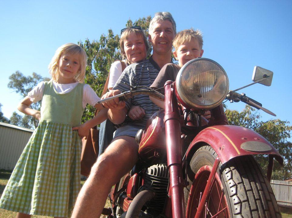 Vor einem halben Jahr sind Detlev (46) und Karen (41) Hölscher aus Niedersachsen nach Australien ausgewandert. Die Kinder Daniel und Marieke haben a... - Bildquelle: kabel eins